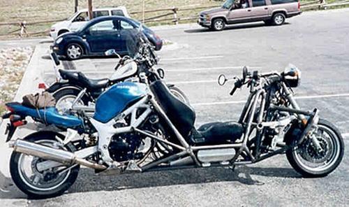 Blue Rear-engined SV650 FF
