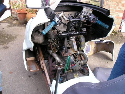 Engine area & dashboard