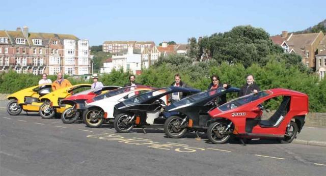 2006: Seven Quasars, Seven riders