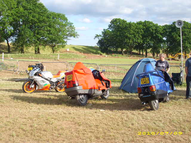 Laverda and Voyager - tent poles apart
