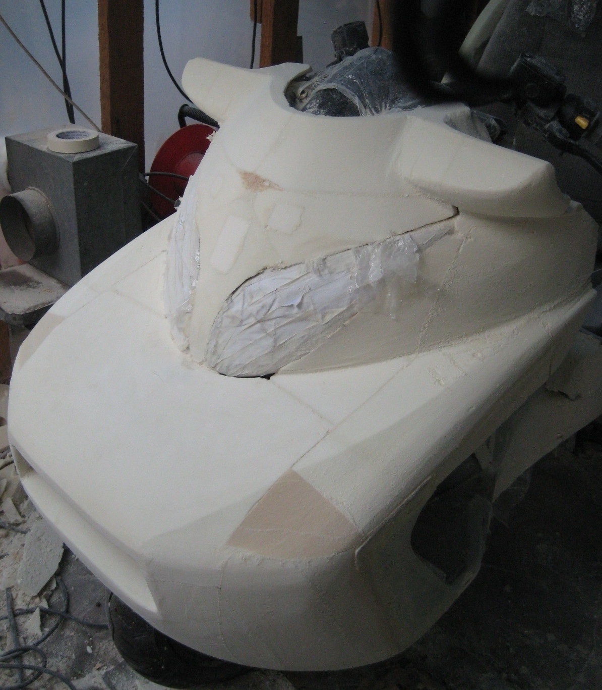 Cmax shape in foam, enclosed front wheel