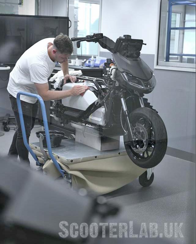 Naked BMW CE04 (RHS)