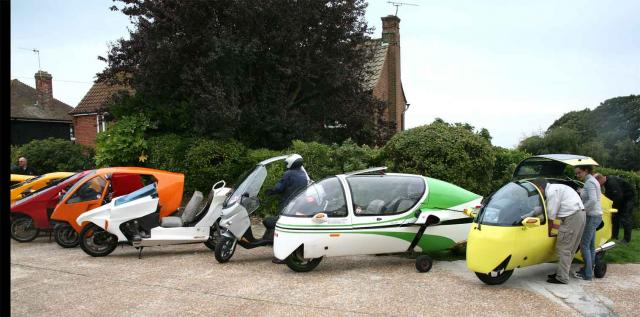 2010: GS Phasar + 2 Ecomobiles in Hastings