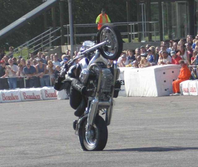 JP Goy R1200Cruiser Wheelie